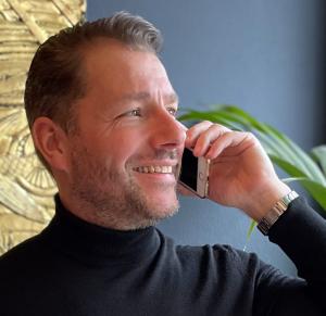 Erik-Jan van Berkel - Elemntz master pieces for Super Yachts